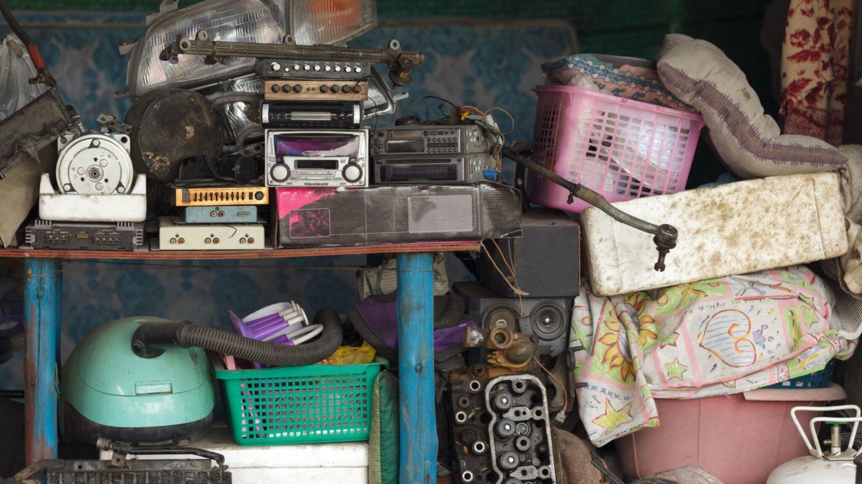 Creative-Door-Services_Cool-Storage-Tips_cluttered-garage.jpg?mtime=20180927103343#asset:10174:c1440x810