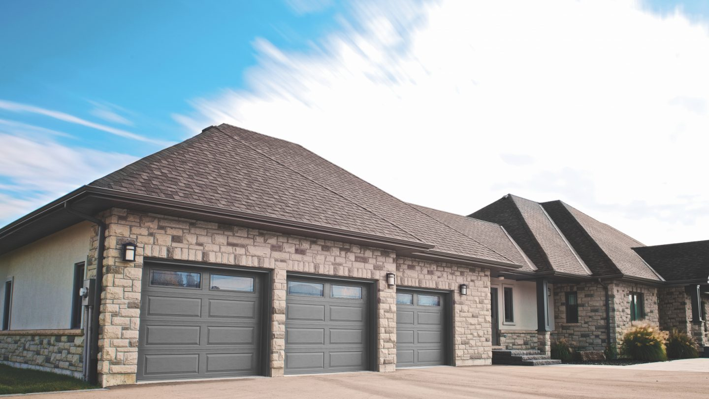 Richards-Wilcox-premium-family-safe-garage-doors.jpg?mtime=20180927101445#asset:10166:c1440x810