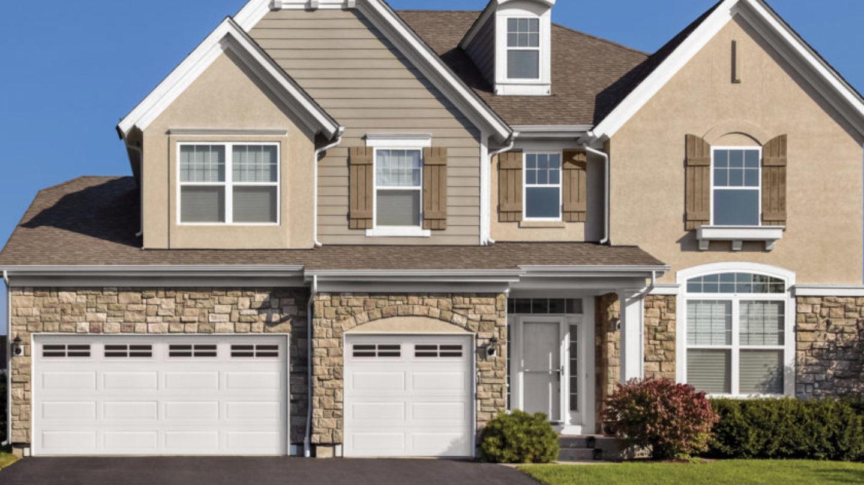 saskatoon-garage-doors-2.jpg#asset:6543:c1440x810