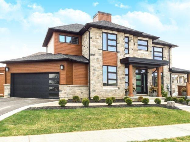 garage-doors-edmonton-3.jpg#asset:5659:c624xauto