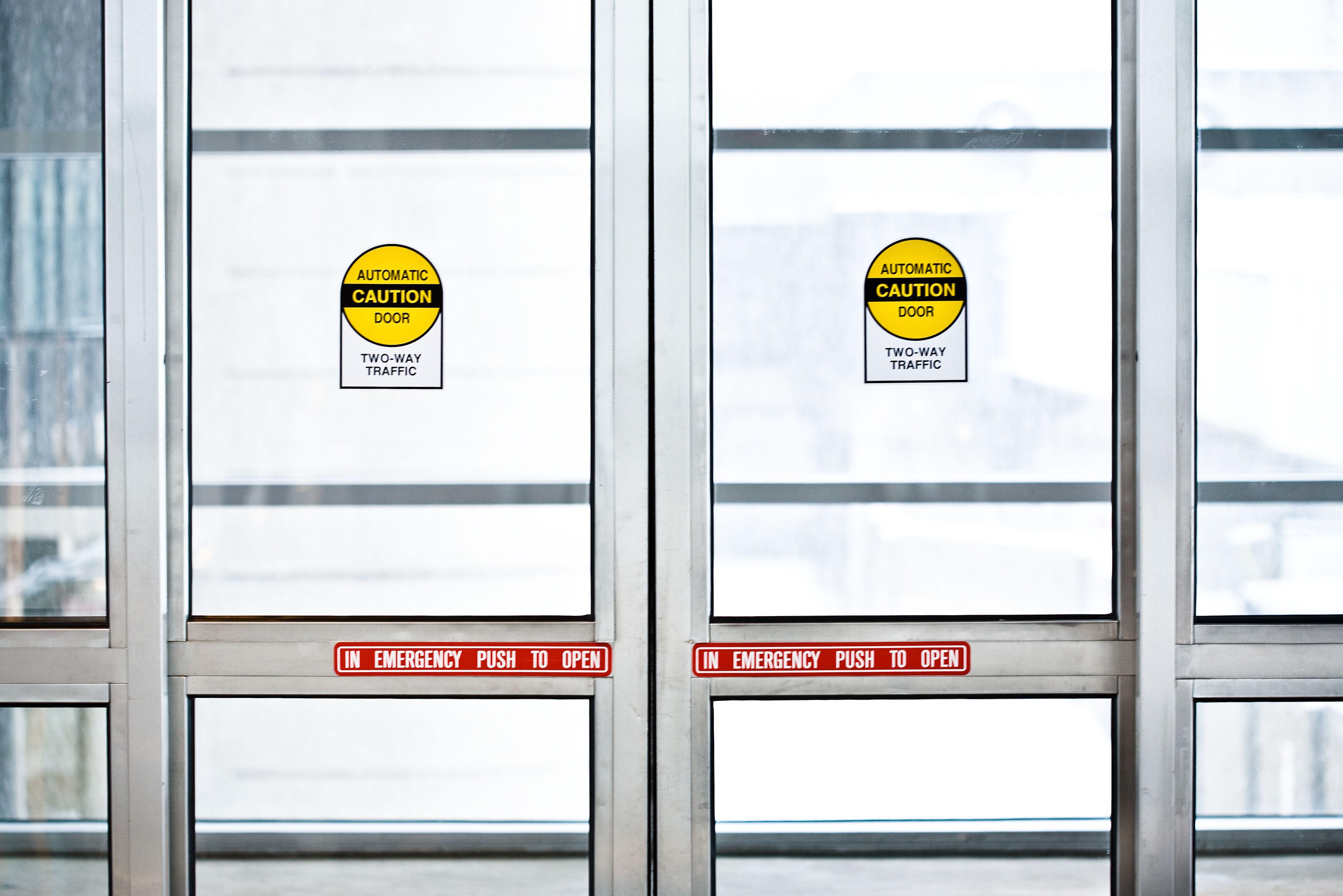 automatic-sliding-doors.jpeg?mtime=20200127084847#asset:16157