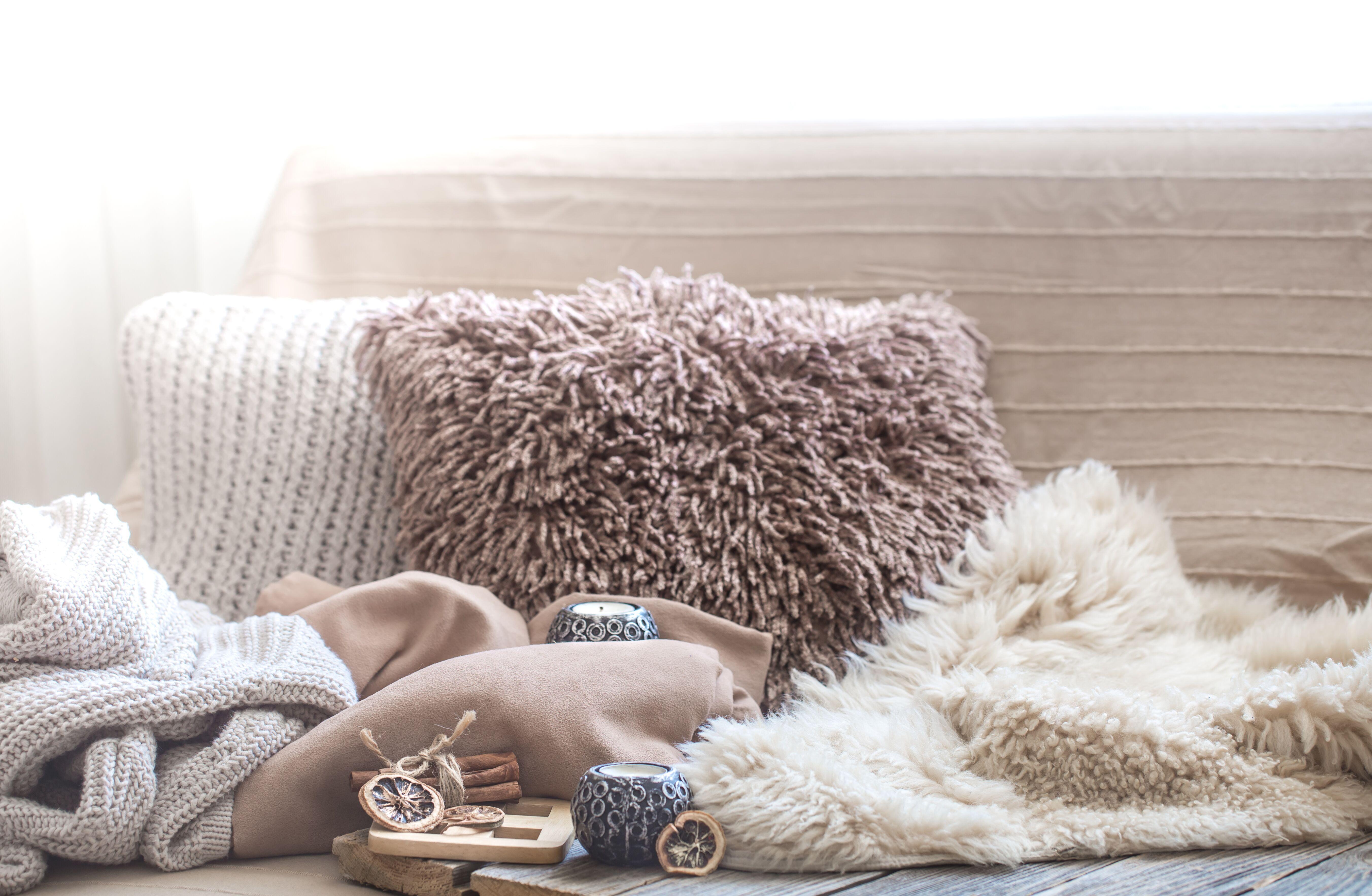 comfort-rugs-cushions.jpeg?mtime=20191204144840#asset:15562
