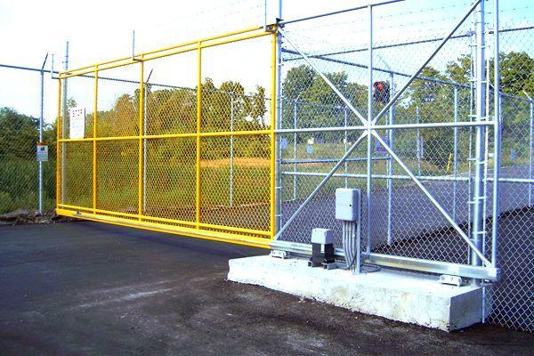 commercial-gate-min.jpeg?mtime=20210125101407#asset:22010