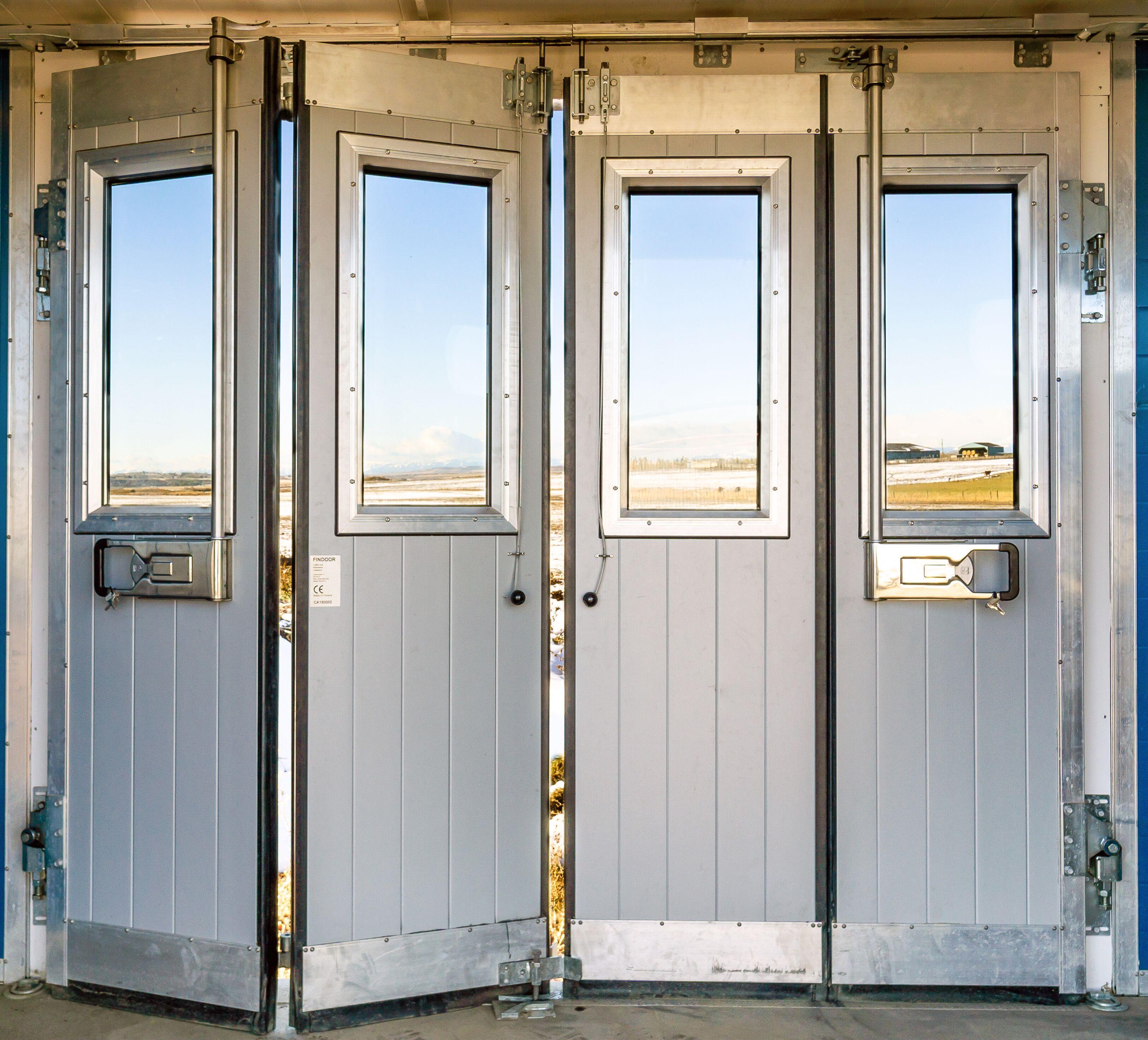 fin-doors.jpeg?mtime=20200127083011#asset:16148