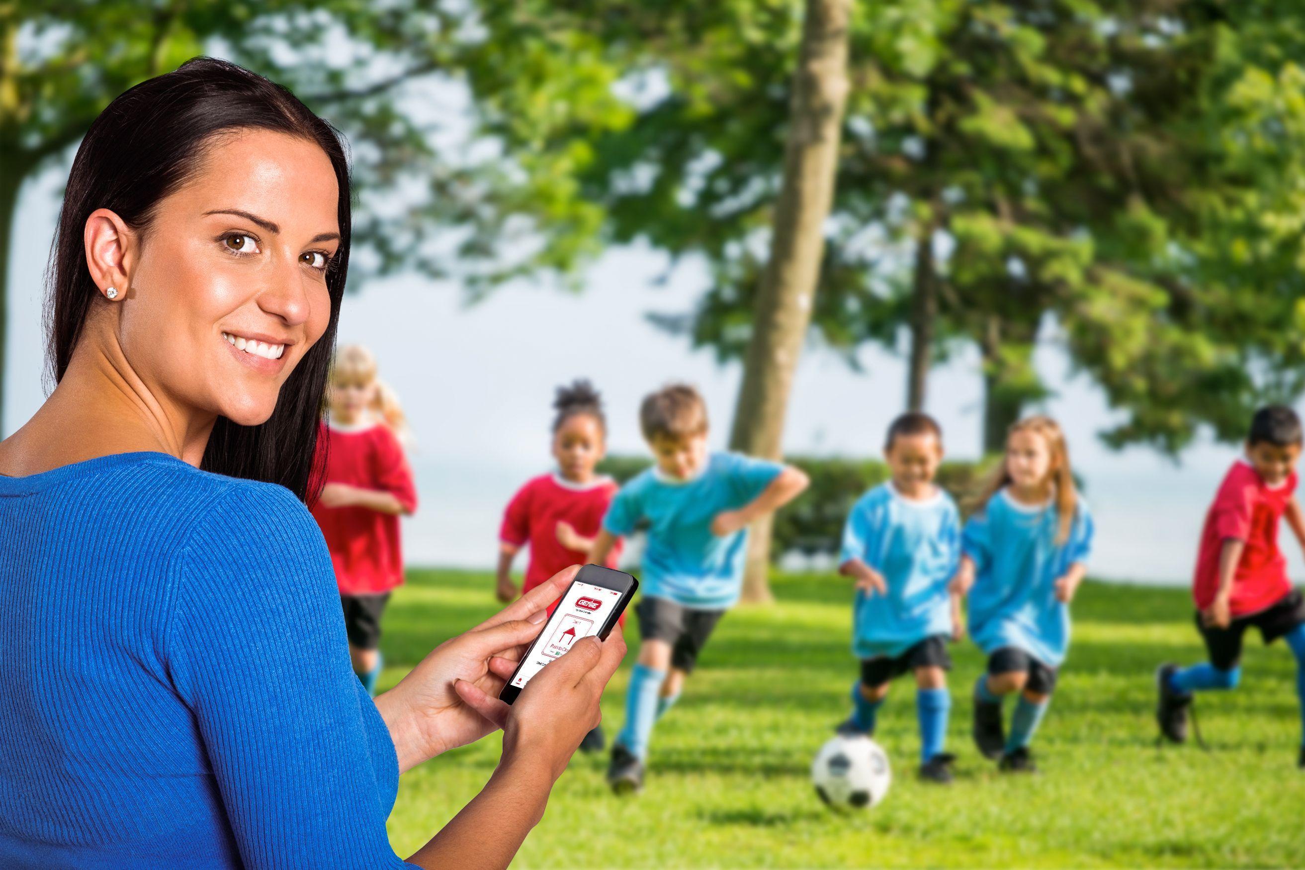 hero-image-soccer-mom.jpeg?mtime=20200608132205#asset:18058