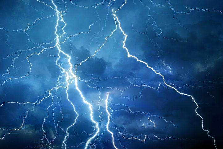 lightning.jpeg?mtime=20200810074216#asset:19145
