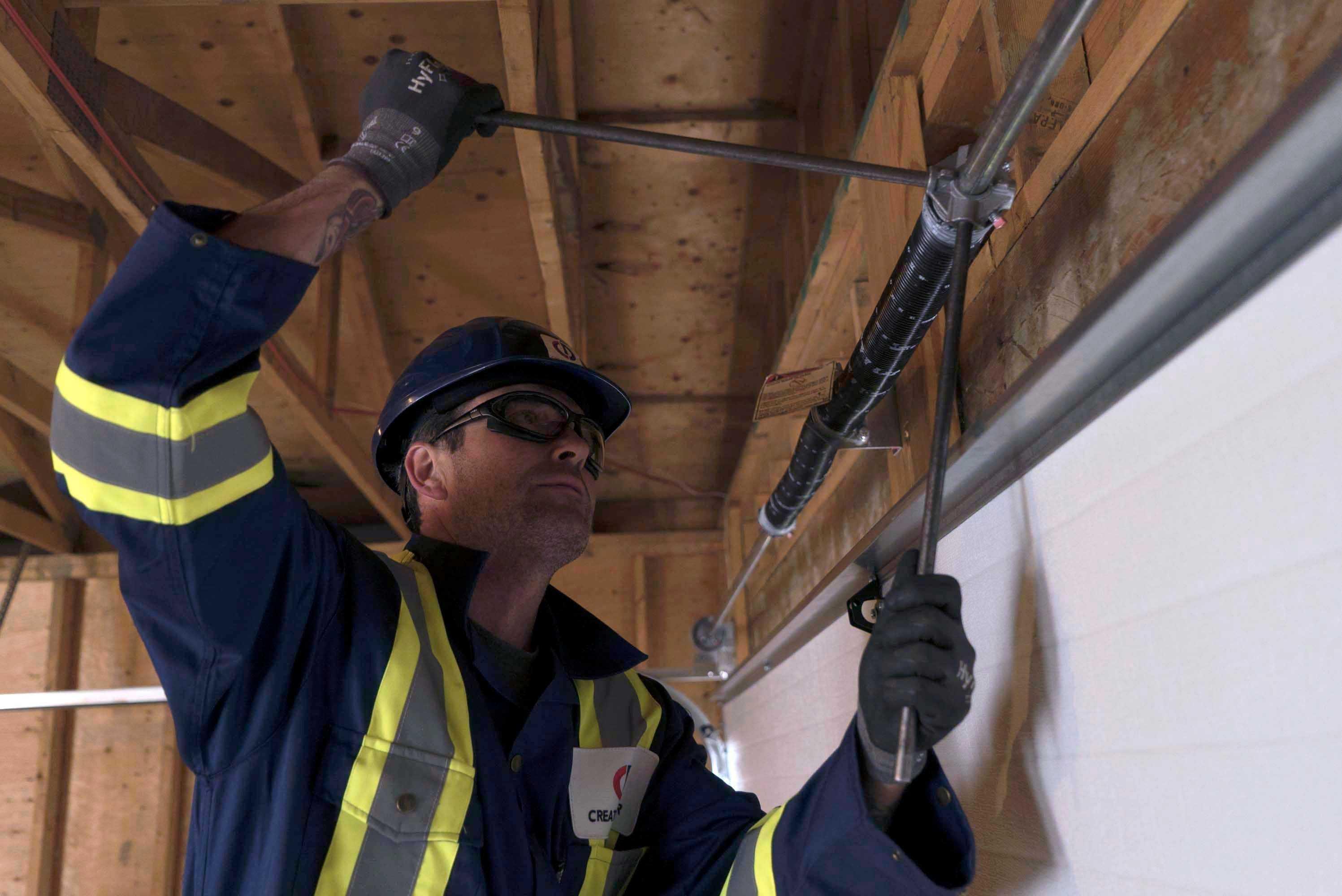 residential-door-service-for-steel-min.jpeg?mtime=20210125104131#asset:22019