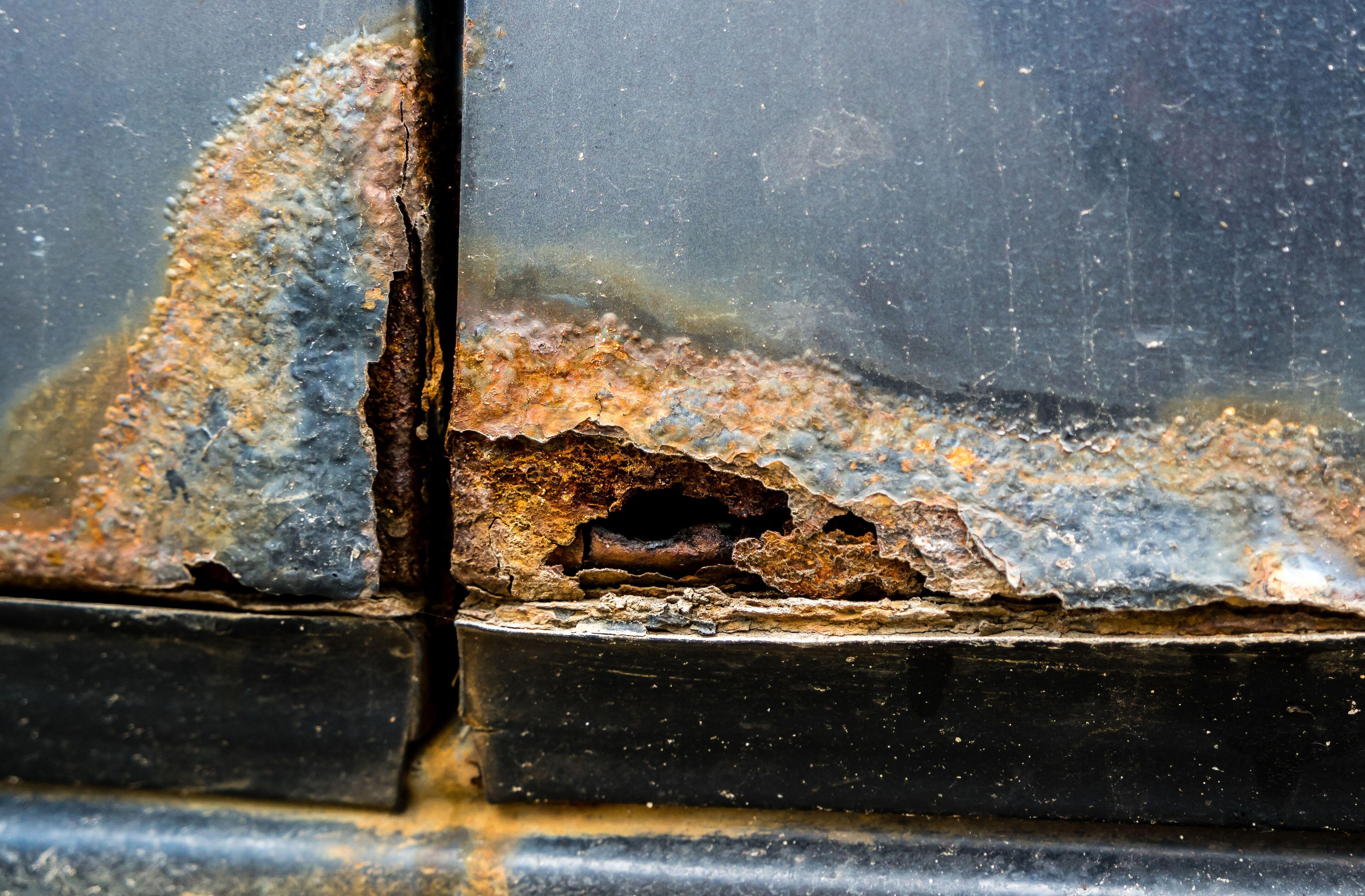 rusted-corner-door.jpeg?mtime=20200220122811#asset:16531
