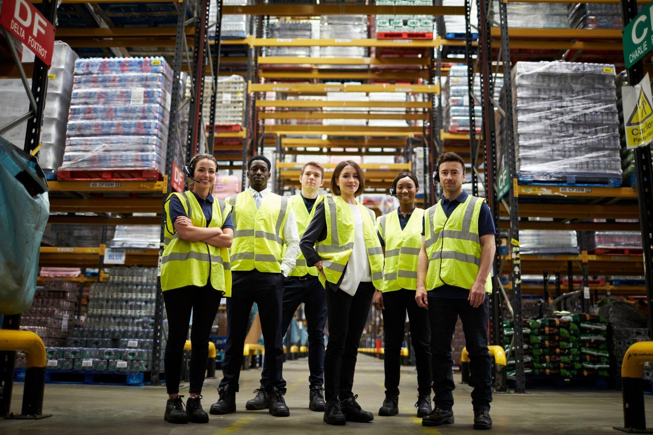 warehouse-staff-team-min.jpeg?mtime=20201221093021#asset:21623