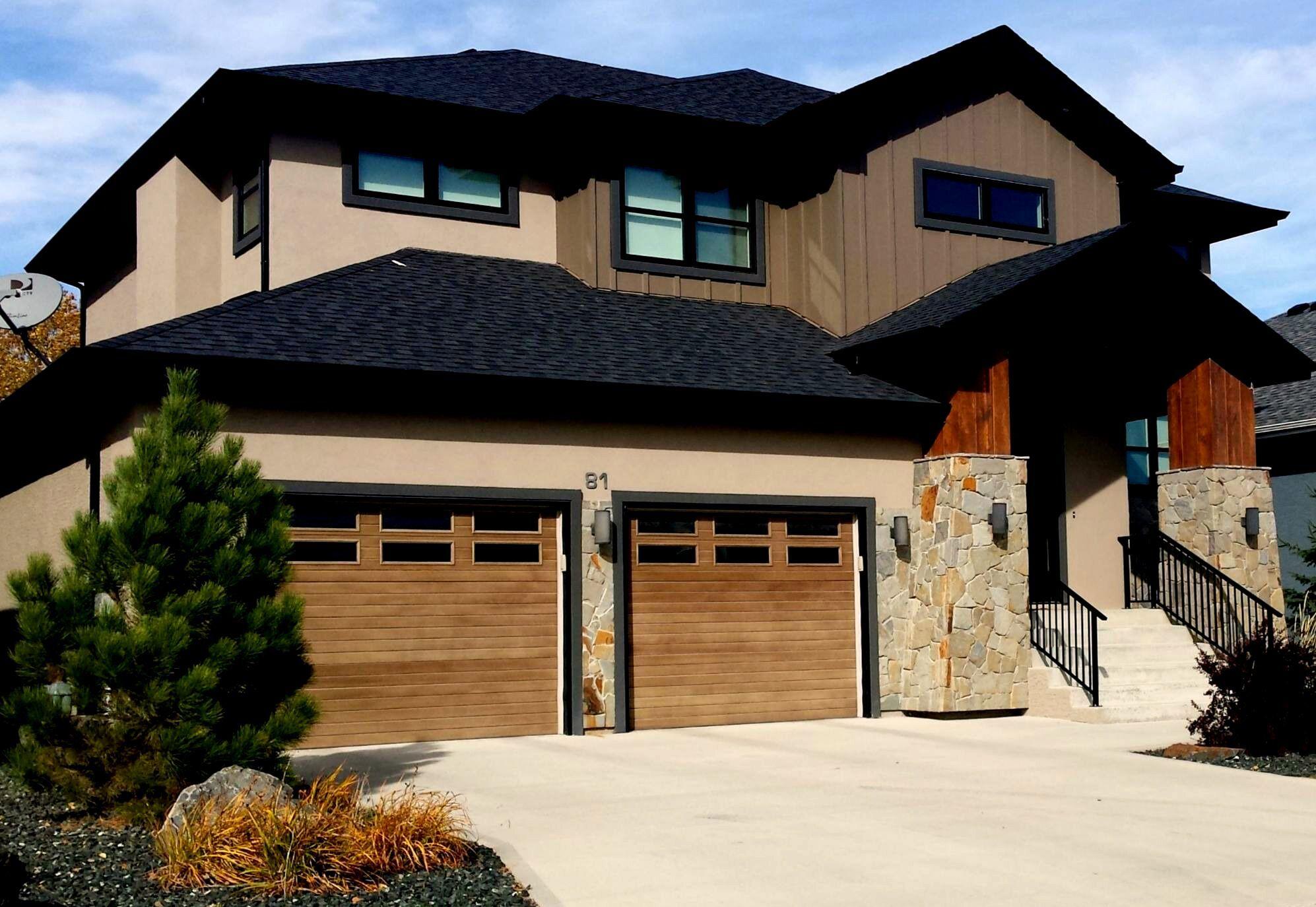 Wayne Dalton 9800 residential garage doors