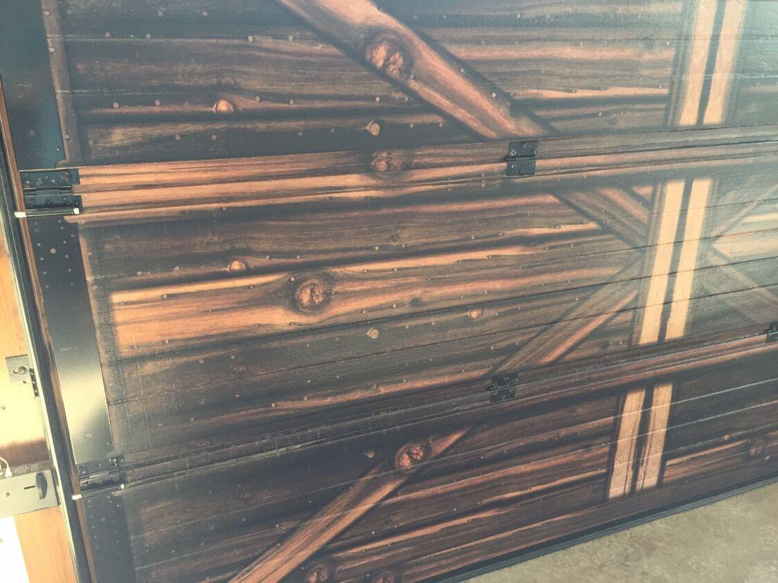 wood-door-inside.jpeg?mtime=20190913140911#asset:14286